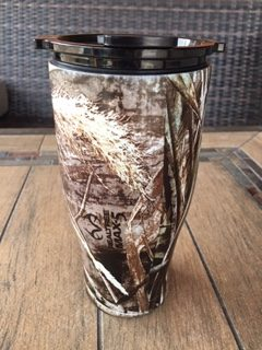 Orca tumbler with snap on lid
