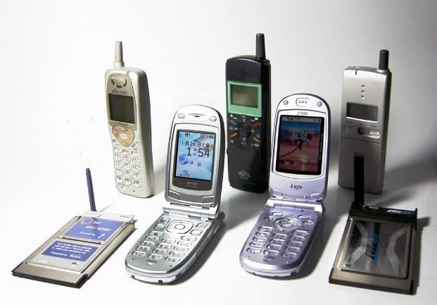 What is 5G - 2G Flip Phones