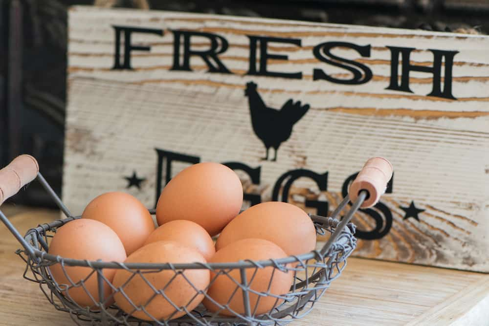 how long do fresh eggs last